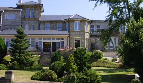 Melville Hall Hotel Spa, Sandown – Relaxing Overnight Getaway for Two including Dinner, Breakfast and Spa Treatment – normally up to £209.00 deal price £149.00