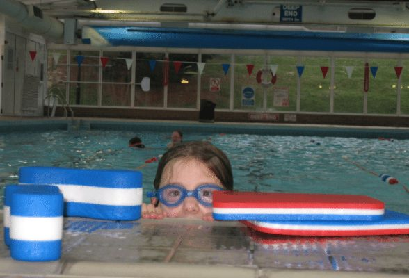 Waterside Pool, Ryde – Stage 0 and Stage 4 Swimming Lesson Session – normally up to £35.00 deal price from £20.00