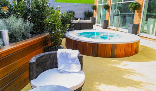 Lakeside Park Hotel and Spa, Wootton Bridge – Thermal Spa Garden Experience for Two with Afternoon Tea, Massage and Spa Pass – normally £150.00 deal price £89.95