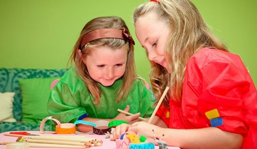Isle of Sweets Craft Centre, Shanklin – Ten Creative Play Sessions for Kids – normally £30.00 deal price £15.00