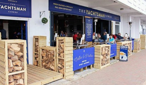 The Yachtsman, Cowes – Choice of Two or Three-Course Evening Dinner for One – normally up to £26.00 deal price from £12.00