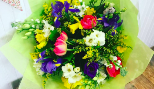 Summer Lilly's Flowers, Newport – Beautiful Hand-Tied Spring Bouquet with or without Delivery – normally up to £39.95 deal price from £17.50