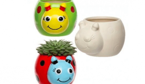 Arty Shakes, Shanklin – Family Nature Deal including One, Two or Three Animal Feeders, Houses or Planters to Paint plus Unicorn or Dragon Milkshake – normally up to £29.00 deal price from £9.50