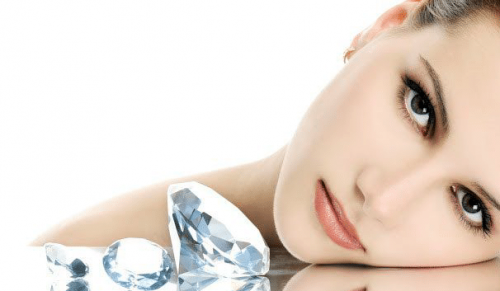 Finishing Touches, Cowes – Diamond Peel Facial Single or Course of Four – normally up to £240.00 deal price from £39.00