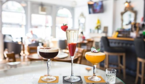 No 64 – the stylish & exciting cocktail bar on the beautiful Isle of Wight – Promotional Feature