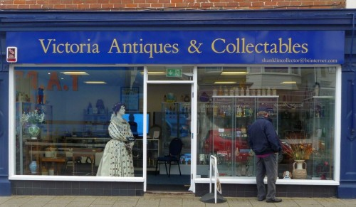 FREE VALUATIONS at Victoria Antiques, Shanklin – Promotional Feature