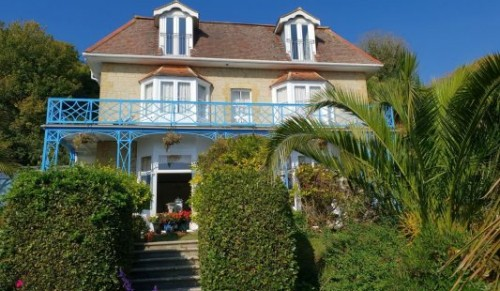 St Maur, Ventnor – Fab One or Two-Night Dine and Stay Packages for Two – normally up to £356.00 deal price from £89.00